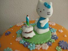 kitty con pastel, modelado