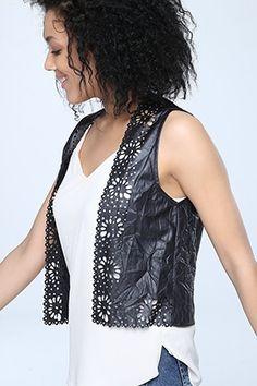 LAZER KESİM YELEK Types Of Jackets, Form Crochet, Fashion To Figure, Crochet Jacket, Hippie Outfits, Plus Size Outfits, How To Wear, Clothes, Women