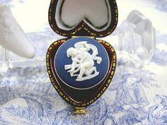 Cute Cupid. Vintage Wedgwood Silver Ring Midnight Blue Jasper Cupid Angel Hallmarked London 1974