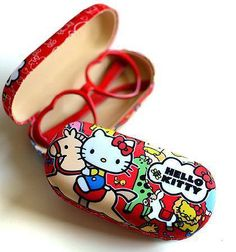 Hello Kitty Little Rocking Horse Glasses Case