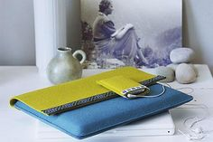 Laptop und iPod sind im Filz-Mantel sicher aufgehoben. Die Taschen nähen Sie mit wenigen Handgriffen selber, die Maße sollten Sie jeweils an die Größe Ihrer...