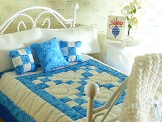 Miniature Blue White Hand Quilted Doll or Fairy House Quilt,Matching Decorator Pillows,1/12 Scale,Sheet Set and Bed Pillows,Crocheted Afghan