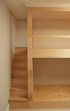 Best Diy Wall To Wall Built In Bunk Beds And A Full Room 400 x 300