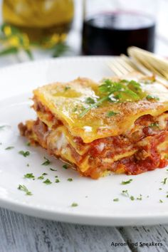 Apron and Sneakers - Cooking & Traveling in Italy and Beyond: Lasagne al Ragù Meat Sauce Recipes, Rub Recipes, Beef Recipes, Cooking Recipes, Fish Recipes, Best Mexican Recipes, Italian Recipes, Favorite Recipes, Italian Foods
