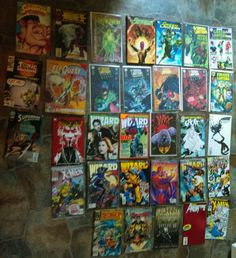 32 comics Green lantern . Wizard .the complete elf quest batman year one etc