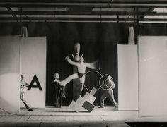 Irene Bayer, Bauhaus Stage (Oscar Schlemmer costumes), 1927