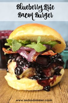 Blueberry Brie Bacon Burger - A delicious gourmet burger. A homemade burger patty is stuffed and topped with creamy brie cheese and a blueberry barbecue sauce. Gourmet Burgers, Beef Burgers, Burger Buns, Bbq Burger, Burger Toppings, Amazing Burger, Good Burger, Lunch Recipes, Beef Recipes