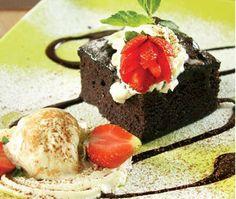 Brownie Creamy With Strawberry-Pinnot Bakery