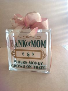 block crafts painted Bank of Mom Vinyl Glass Block Bank block crafts diy project ideas Painted Glass Blocks, Decorative Glass Blocks, Lighted Glass Blocks, Glass Cube, Glass Boxes, Glass Art, Mason Jar Clip Art, Glass Block Crafts, Glass Brick