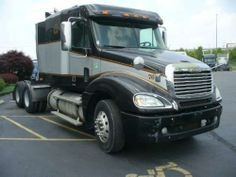 USED 2007 FREIGHTLINER CONVENTIONAL COLUMBIA #truck