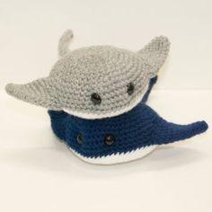 Baby Stingrays by Heartstringcrochet on DeviantArt – Monkey Stuffed Animal Diy Crochet Projects, Crochet Crafts, Crochet Dolls, Yarn Crafts, Knitting Projects, Kawaii Crochet, Cute Crochet, Crochet Baby, Knit Crochet