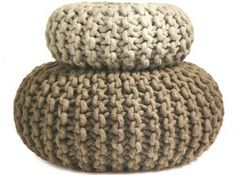 Christien Meinderstsma knitted pouf