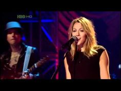 Lance Konnerth, Justin Young, and Carter|Poulsen Guitars accompany Colbie Caillat.