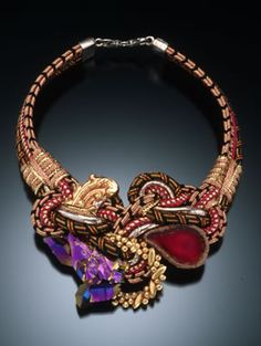 This is an amazing necklace.