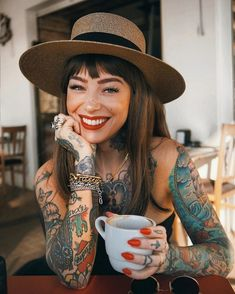 Tattoos for women Tattoed Women, Tattoed Girls, Inked Girls, Hot Tattoos, Body Art Tattoos, Girl Tattoos, Tatoos, Tattoo Model Mann, Tattoo Models