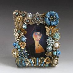 Jeweled Picture Frame in Turquoise and Gold Handcrafted from Vintage Jewelry - March 09 2019 at Vintage Jewelry Crafts, Old Jewelry, Vintage Costume Jewelry, Vintage Costumes, Jewelry Art, Antique Jewelry, Beaded Jewelry, Jewelry Accessories, Jewelry Mirror