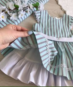 Baby Girl Dress Patterns, Baby Dress Design, Baby Clothes Patterns, Little Girl Outfits, Toddler Girl Dresses, Kids Outfits, Baby Girl Frocks, Kids Frocks, Baby Girl Fashion