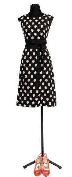 1.2.3 Paris - Robe Nicky 129€ Chaussures Emy 129€ #robe #pois #lin #bicolore #noir #corail #sandales #mode #printemps