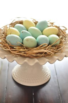 Love the pastel eggs and the nest/wreath on a cake plate - Constructed and on the table in five minutes!