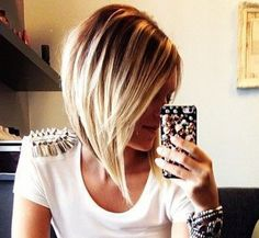 Best New Short Hairstyles for Long Faces - PoPular Haircuts Bob Frisuren Bob Frisur Long Face Hairstyles, 2015 Hairstyles, Short Hairstyles For Women, Pretty Hairstyles, Fall Bob Hairstyles, Hairstyle Ideas, Inverted Bob Haircuts, Angled Bob Hairstyles, Quick Hairstyles