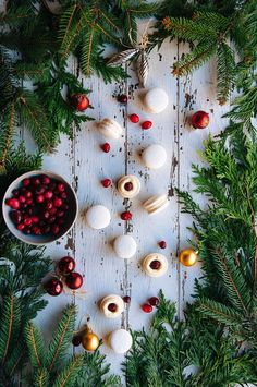 Hint of Vanilla: Cranberry & White Chocolate Macarons French Buttercream, Buttercream Recipe, Noel Christmas, Xmas, Christmas Kitchen, Vanilla Macarons, Macaron Recipe, Twinkle Lights, Party