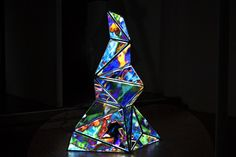 Projection Mapped Sculpture Combines 2D, 3D, Digital, And Physical