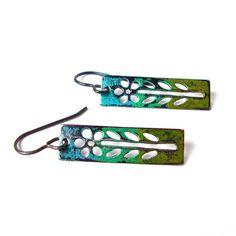 Blue green flower earrings  daisy earrings  by sparklecityjewelry