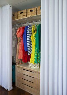 gaveteiro e cortina com cabo aço