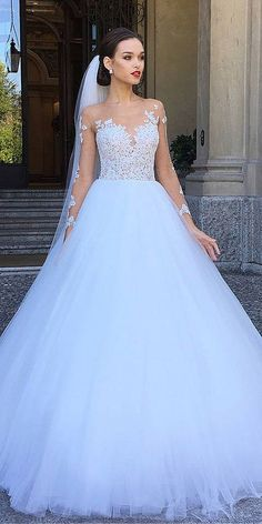 Wedding Dress Ball Gown ball gown bridal dresses 5 More - Look at the different kinds of ball gown wedding dresses.You'll find bridal dresses made from different fabrics, necklines and with variety amazing details. Long Wedding Dresses, Princess Wedding Dresses, Designer Wedding Dresses, Bridal Dresses, Gown Wedding, Tulle Wedding, Mermaid Wedding, Disney Wedding Gowns, Gown Designer