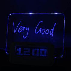 message board blått lys digital vekkerklokke med 4 usb port hub (usb) – NOK kr. 133