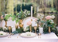 Styling and design by The Wedding Stylist | #FineArtCuration | Wedding Sparrow Blog