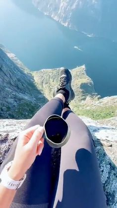 Beautiful Places To Travel, Beautiful World, Beste Gif, Cool Dance Moves, Wow Video, Adventure Is Out There, Amazing Nature, Dream Vacations, Beautiful Landscapes