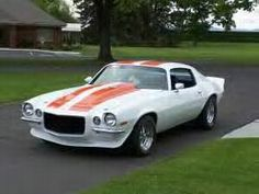 Camaro I owned one but I had to get rid of it. It was a speeding ticket just waiting to happen! 1970 Camaro, Chevrolet Camaro, Old Muscle Cars, American Muscle Cars, Us Cars, Ford Gt, Custom Cars, Cars Motorcycles, Cool Cars