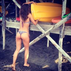 Un bel giretto in canoa per non perdere la forma @whykini #instagram #instagood #instalike #instamoment #instadaily #instasummer #instabikini #instabeachwear #picoftheday #picofselfie #instalife #instalive #instalove#instashic #instakissme #instaparis #instamilanomodels #instacannes