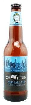 Cerveja Chi Town Pier Pale Ale, estilo American Pale Ale, produzida por Chicago Beer Company, Estados Unidos. 5.5% ABV de álcool.