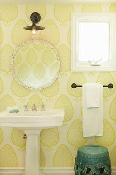 Blue, teal vintage bathroom #bathroom #bathroomcolors