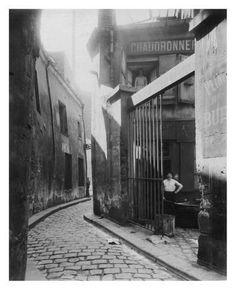 Art Print: Paris, 1911 - Metalworker's Shop, passage de la Reunion by Eugene Atget : 32x26in