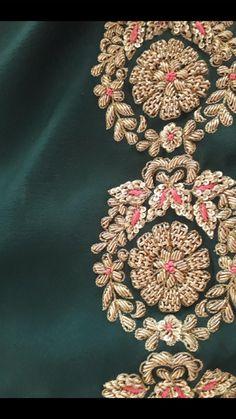 New Embroidery Blouse Zardozi Ideas Zardosi Embroidery, Hand Embroidery Dress, Kurti Embroidery Design, Couture Embroidery, Embroidery Fashion, Hand Embroidery Designs, Beaded Embroidery, Hand Work Design, Maggam Work Designs