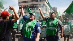 Piedra On Line.-: Los gremios rechazan el techo salarial de Nación