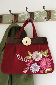 How to make an embroidered bag - step by step guide Woman's Weekly Diy Bags Patterns, Purse Patterns, Embroidery Patterns, Hand Embroidery, Womans Weekly, Embroidered Bag, Fabric Bags, Handmade Bags, Sewing Projects