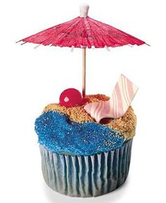 Beach theme cupcake. Graham crackers with blue frosting.