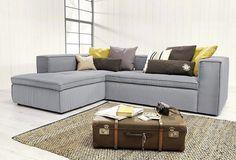 """Mit der Polsterecke """"Soft Cube"""" von Tom Tailor zieht ein neuer Lifestyle ein: Design, Modernität und Qualität verbinden sich hier zu einem rundum gelungenen Loungemöbel mit fein strukturiertem Bezugstoff."""