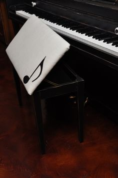 Cute Piano Bench http://pinterest.com/cameronpiano