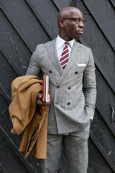 ダブルスーツ着こなしグレーのclassic // #style #menswear #suit #doublebreasted