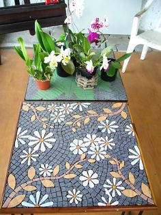MOSAICS by LUIS MIRANDA Mosaic Glass, Mosaic Tiles, Glass Art, Mosaic Designs, Mosaic Patterns, Mosaic Furniture, Mosaic Artwork, Mosaic Flowers, Mosaic Bathroom