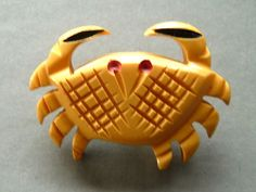 Bakelite Heavily Carved Cream Large Thick Crab Sewing Button