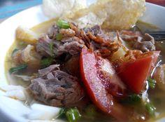 Soto mie bogor. Makanan indonesia endes