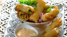 Put your spring roll making skills to the test – these mild spring rolls make a delicious party snack! Romantic Recipes, Chicken Spring Rolls, Sweet Chilli, Thai Chicken, Cheat Meal, Party Snacks, Cooking Classes, Fresh Rolls, Starters