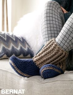 Slipper Socks - FREE Crochet pattern | Yarnspirations
