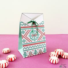 Christmas Sweater-Inspired Gift Card Treat Bag